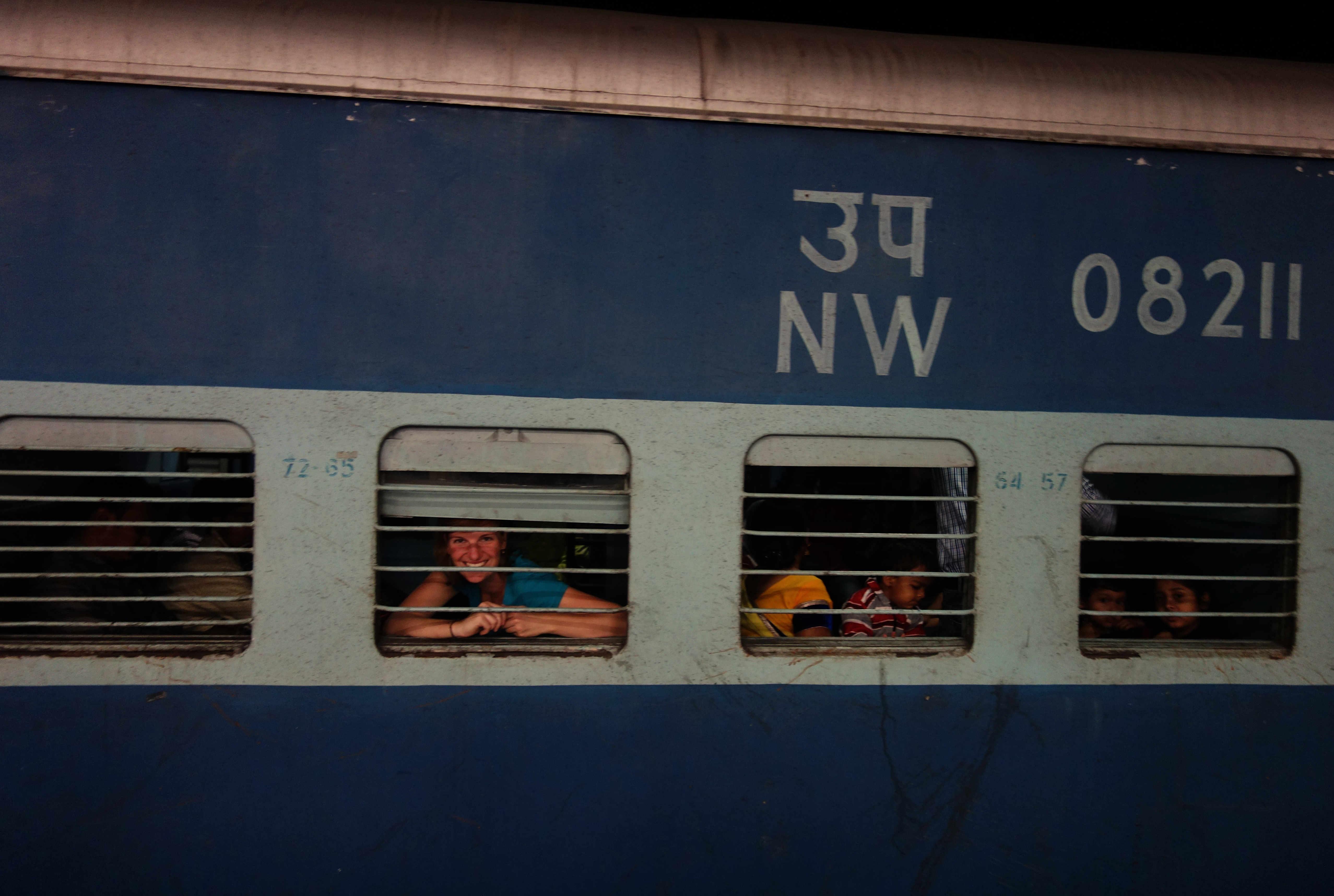 Indien Zugfahren Zug Franzi