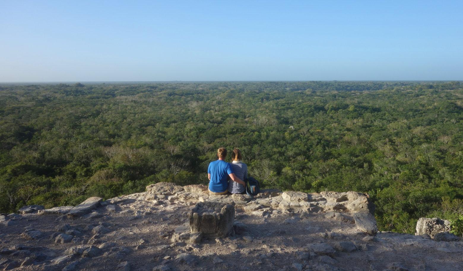 Mexiko Coba Pyramide Blick auf Dschungel