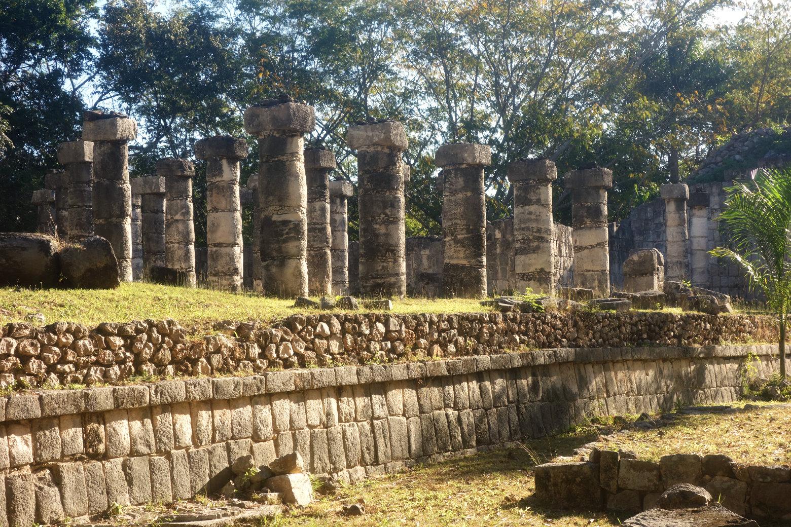 Mexiko Chichén Itzá Columnata Norte