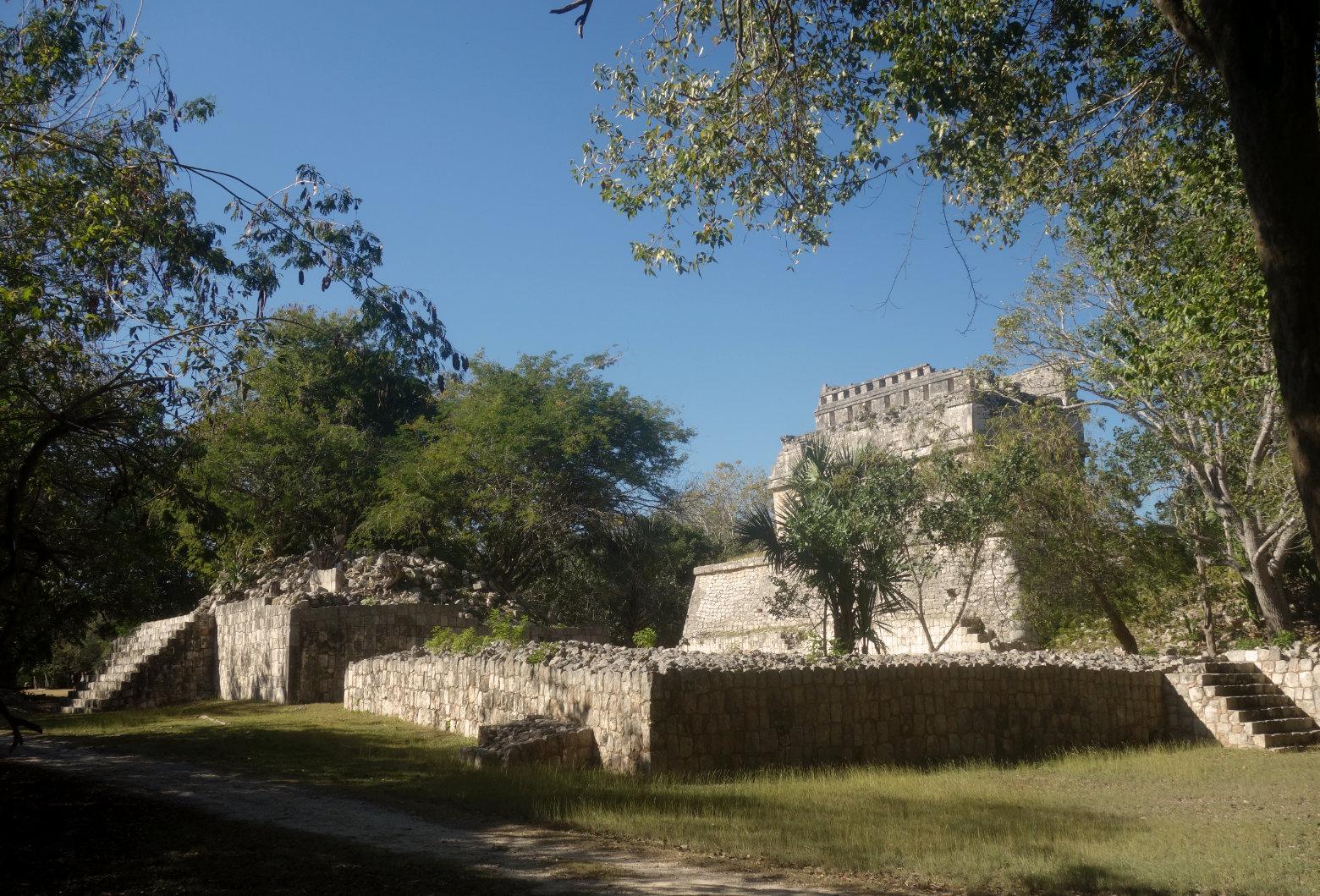 Mexiko Chichén Itzá Ruine im Wald