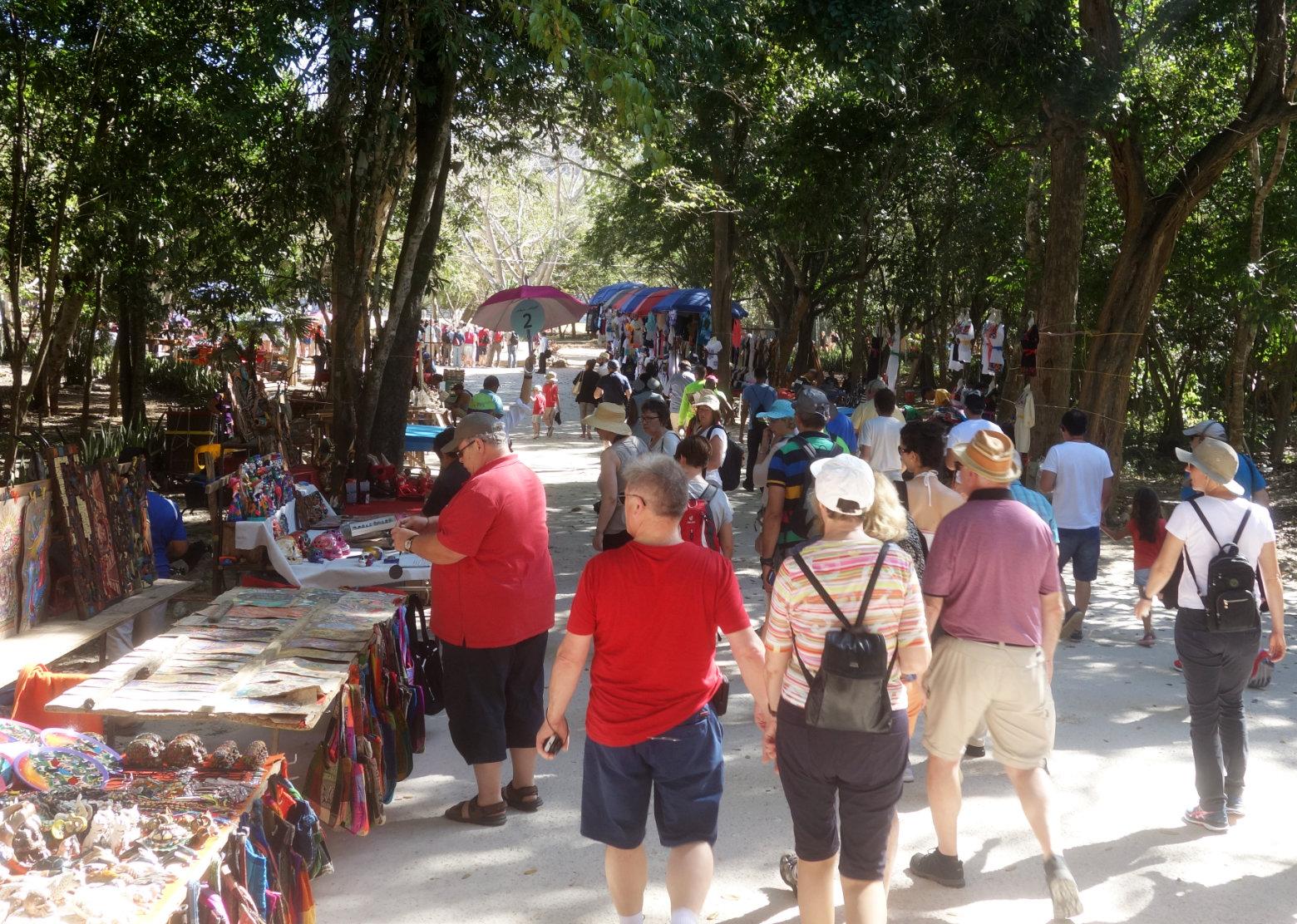 Mexiko Chichén Itzá Touristenmassen