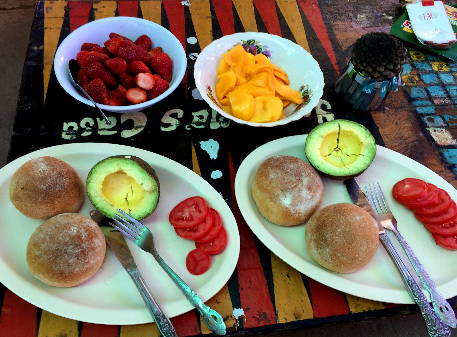 Guatemala Reisetipps Essen Frühstück vom Markt