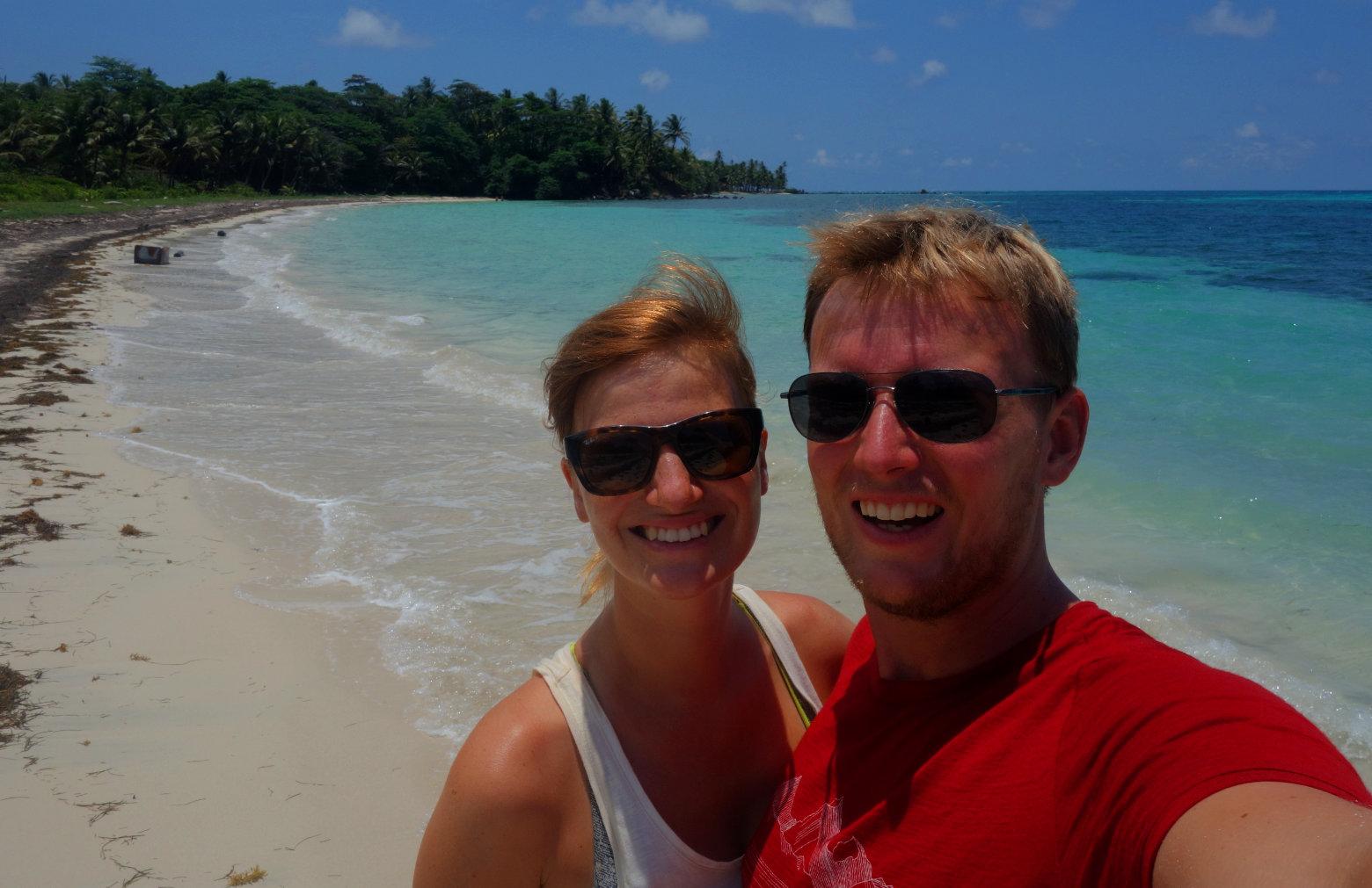 Nicaragua Little Corn Island Paar Selfie Meer