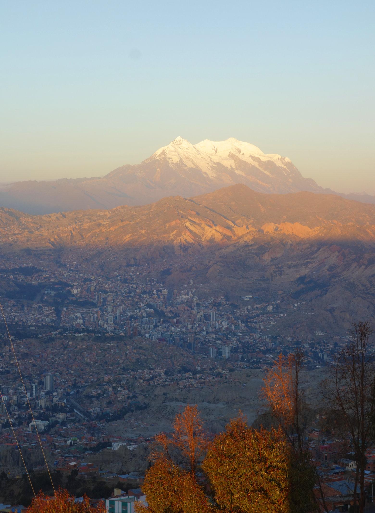 Bolivien La Paz Blick auf Vulkan