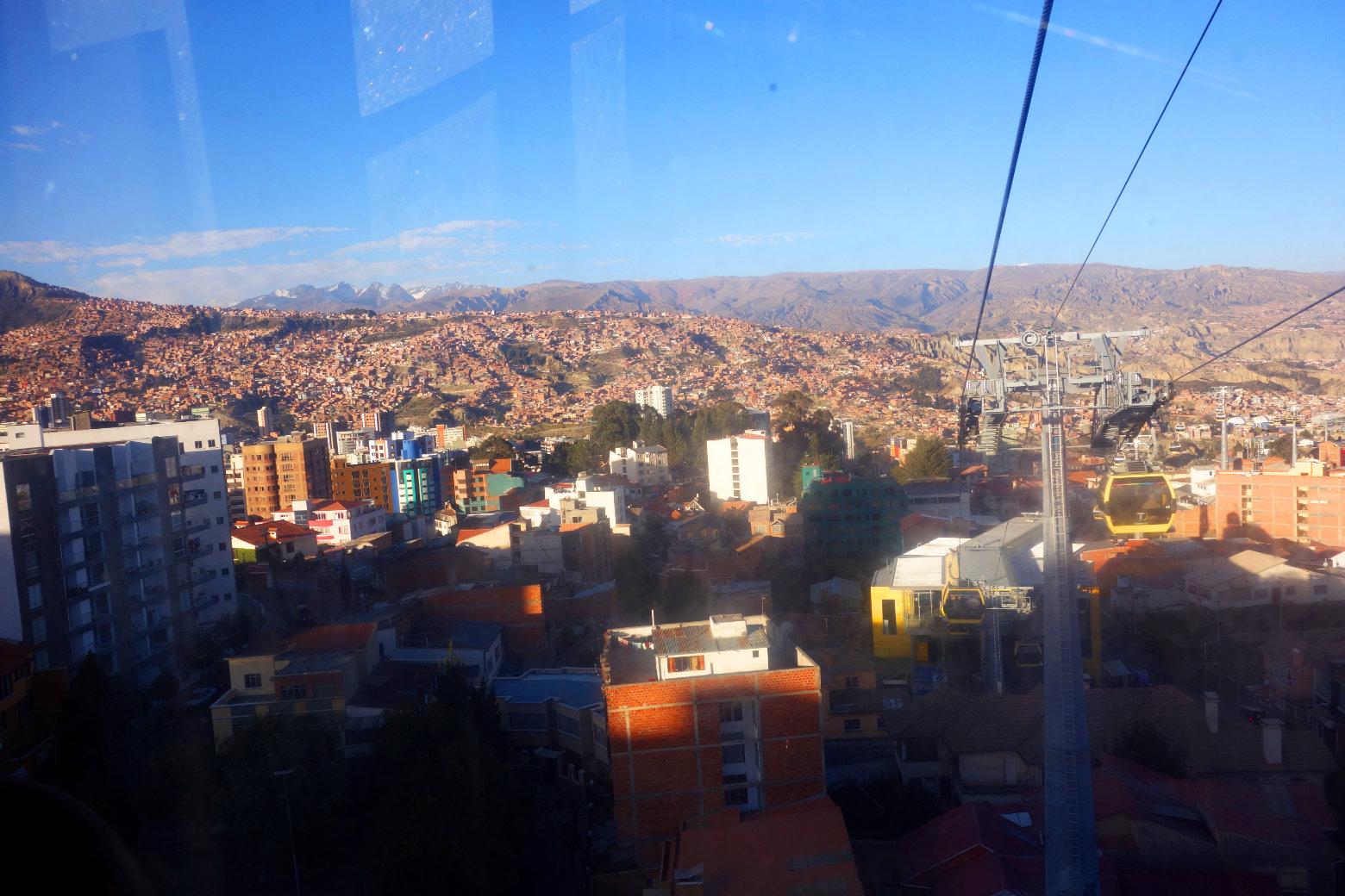 Bolivien La Paz Blick aus Gondel