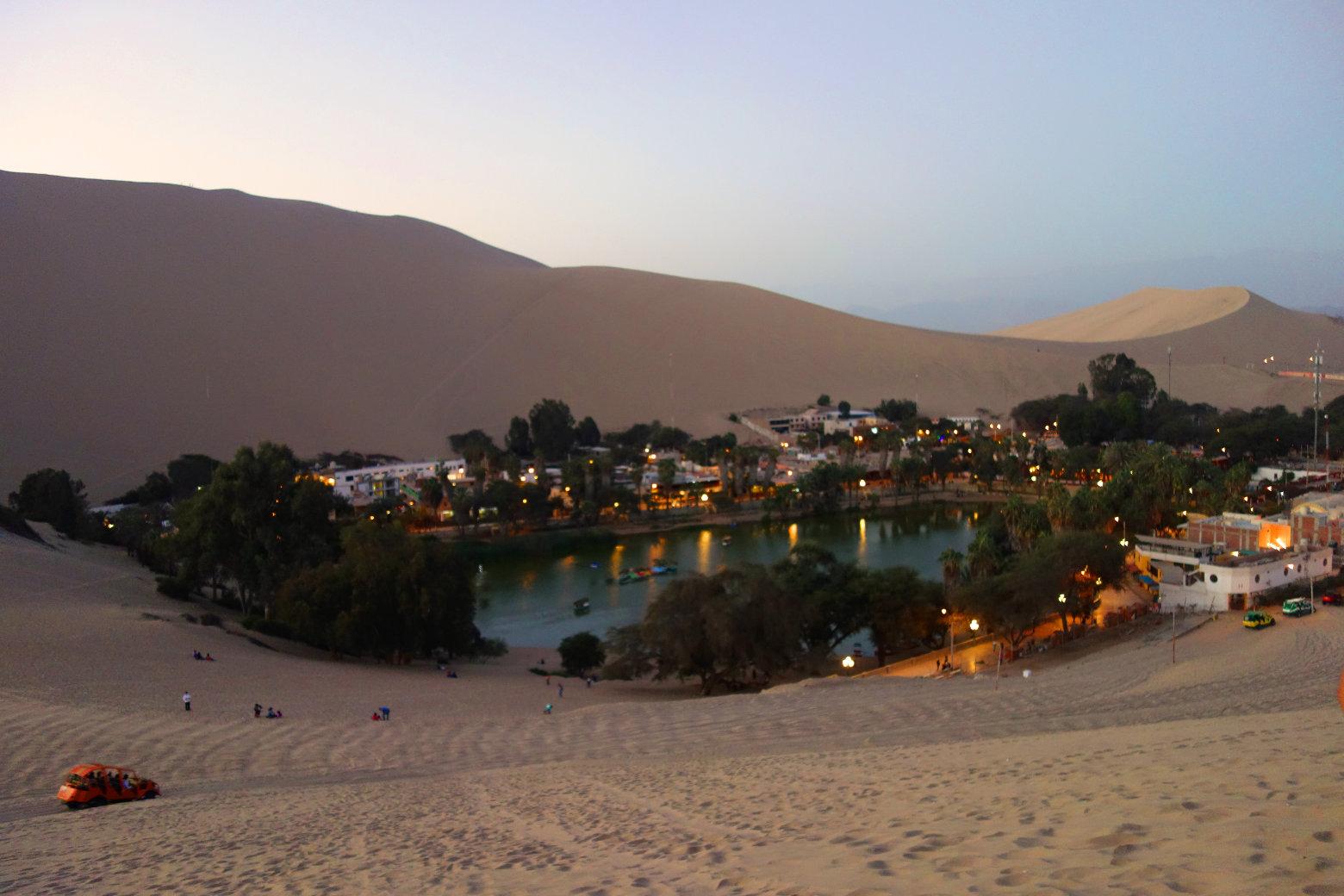 Huacachina Blick von Düne