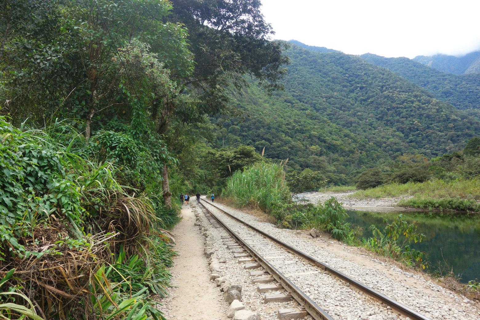 Salkantay Trek Schienen nach Aguas Calientes