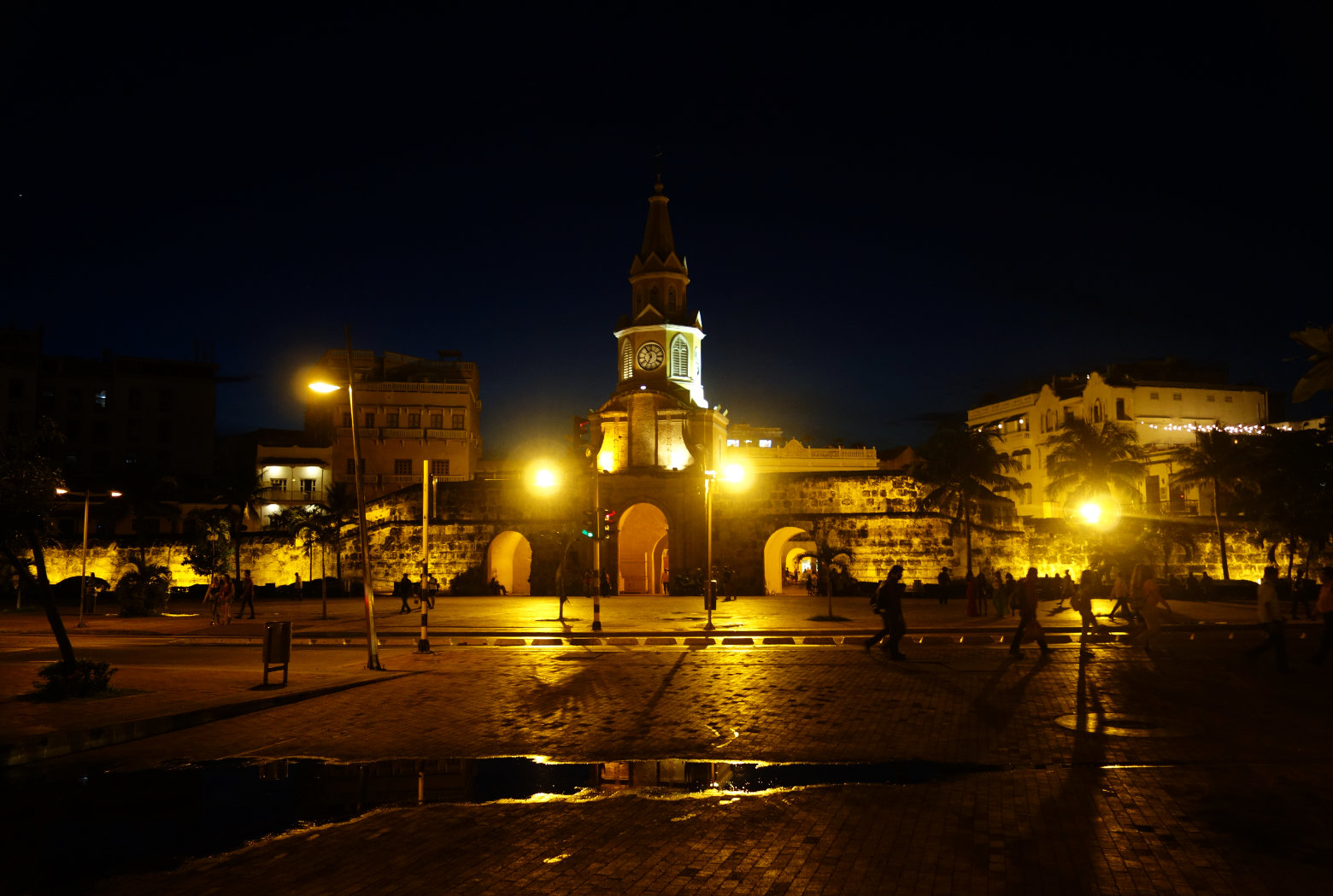Cartagena Torre Reloj abends