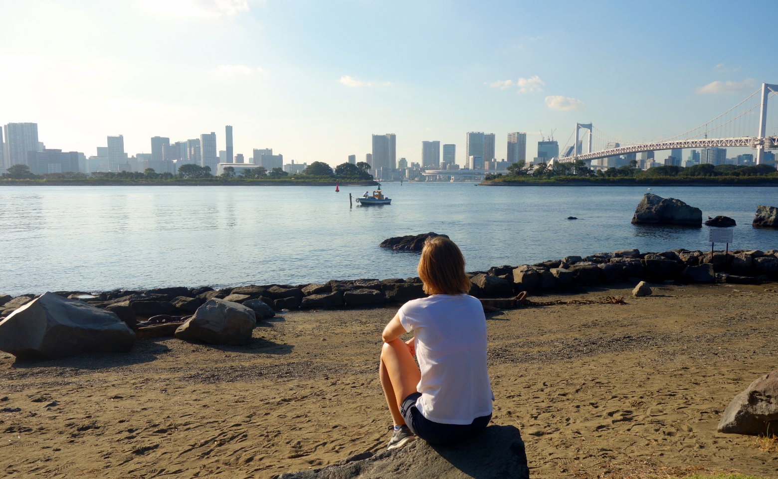 Tokio Skyline mit Strand