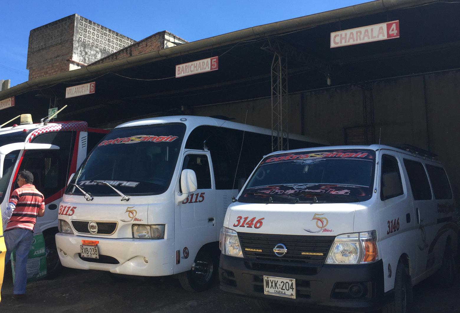 Kolumbien Reisetipps Minibus