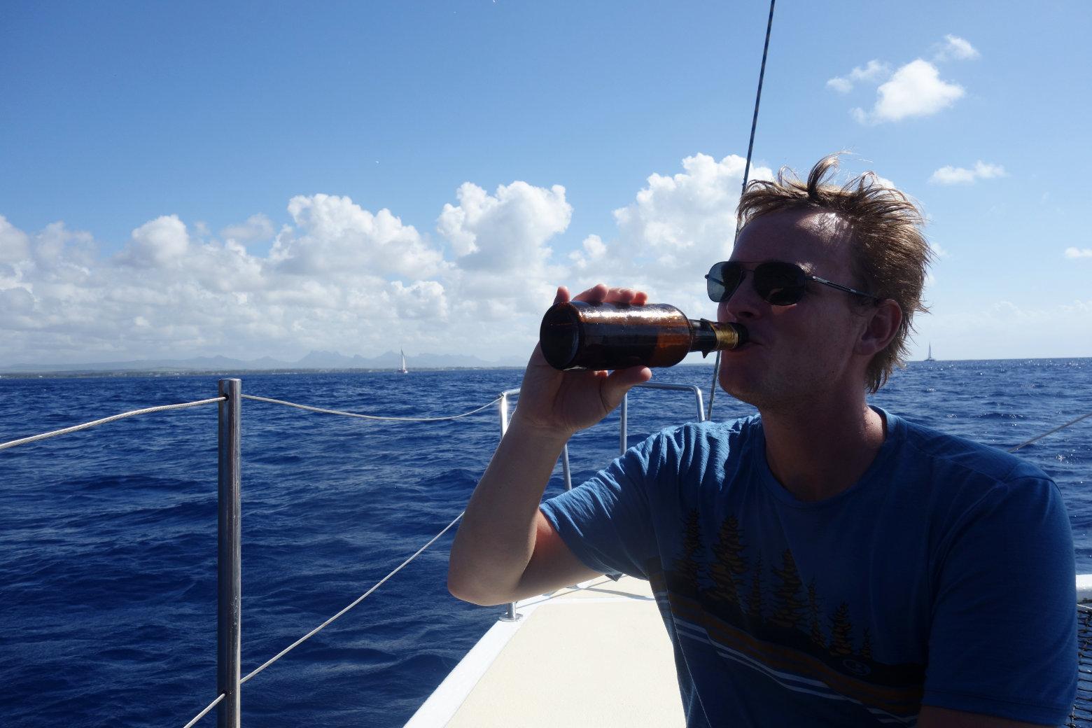 Catamaran Tour Matthias mit Bier
