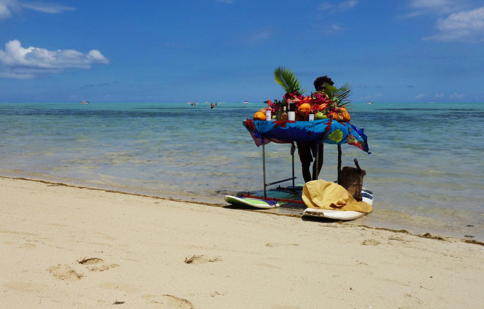 Mauritius Ile Benitier Bar im Meer