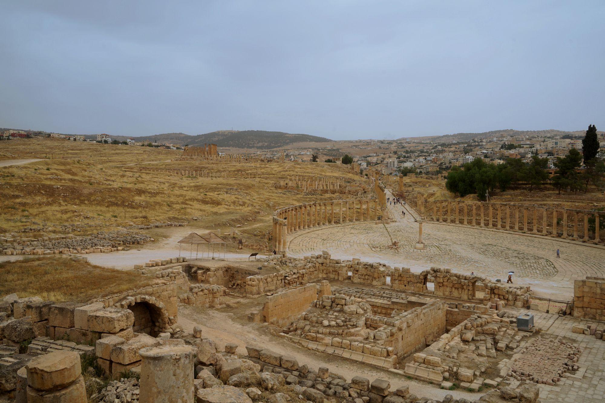 Jerash Blick auf Forum vom Zeus Tempel
