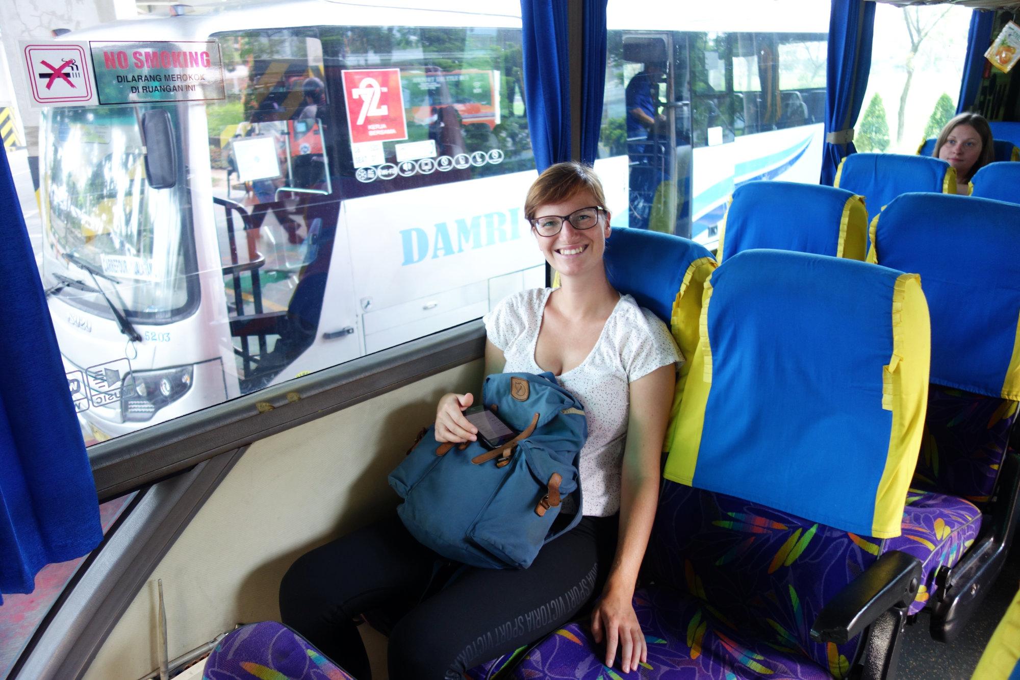 Indonesien Reisetipps Bus