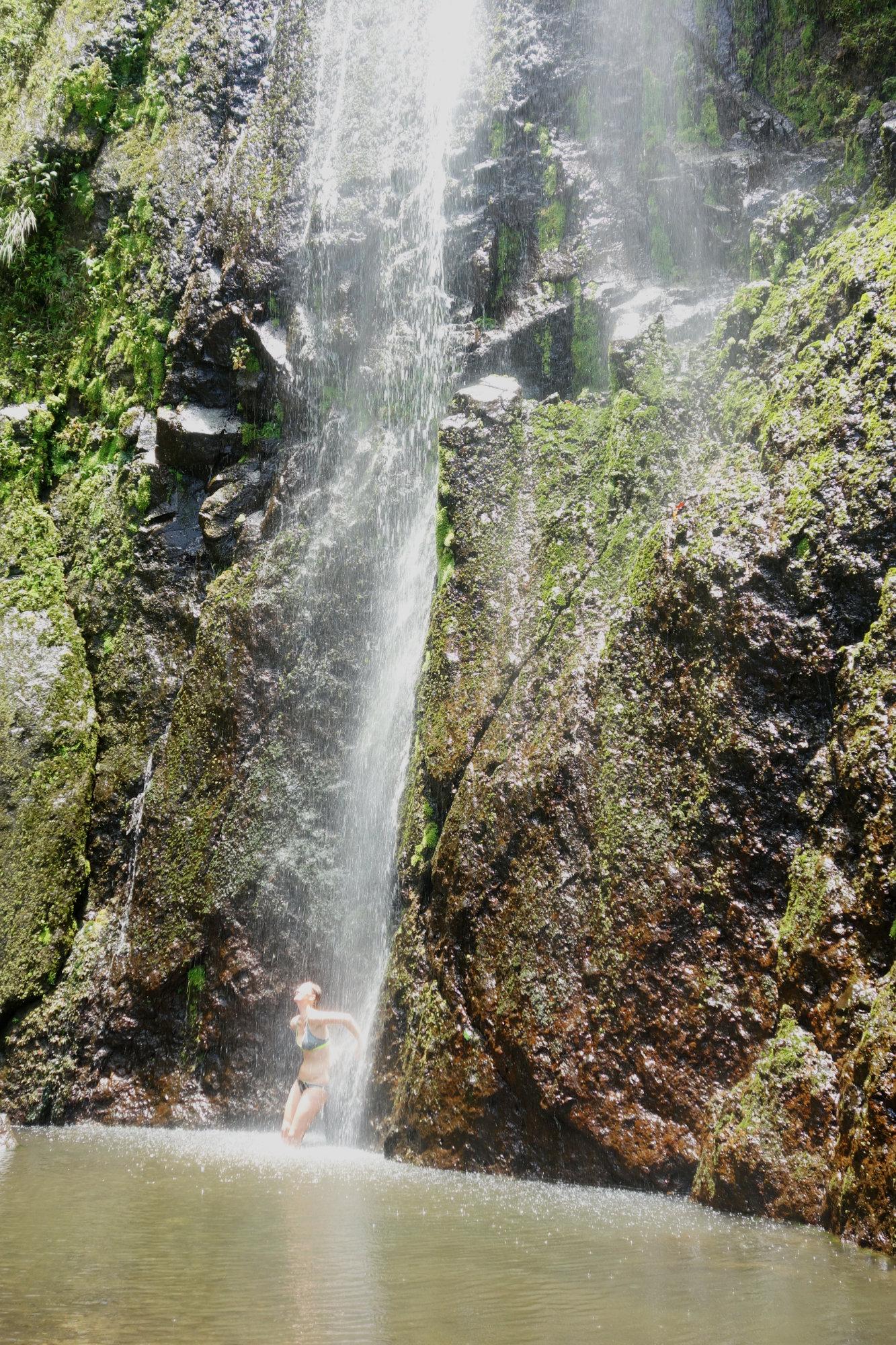 Ometepe Wasserfall Franzi