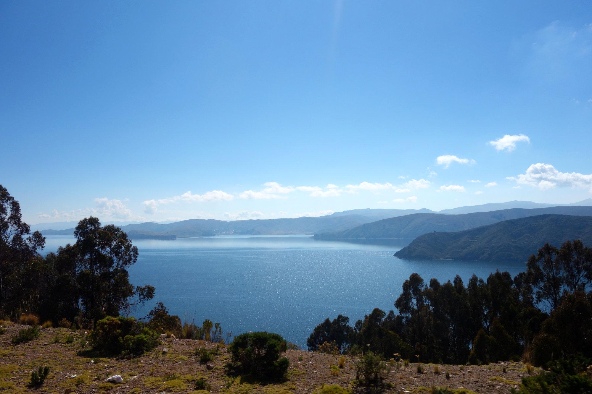 Titicacasee Blick mit Bergen