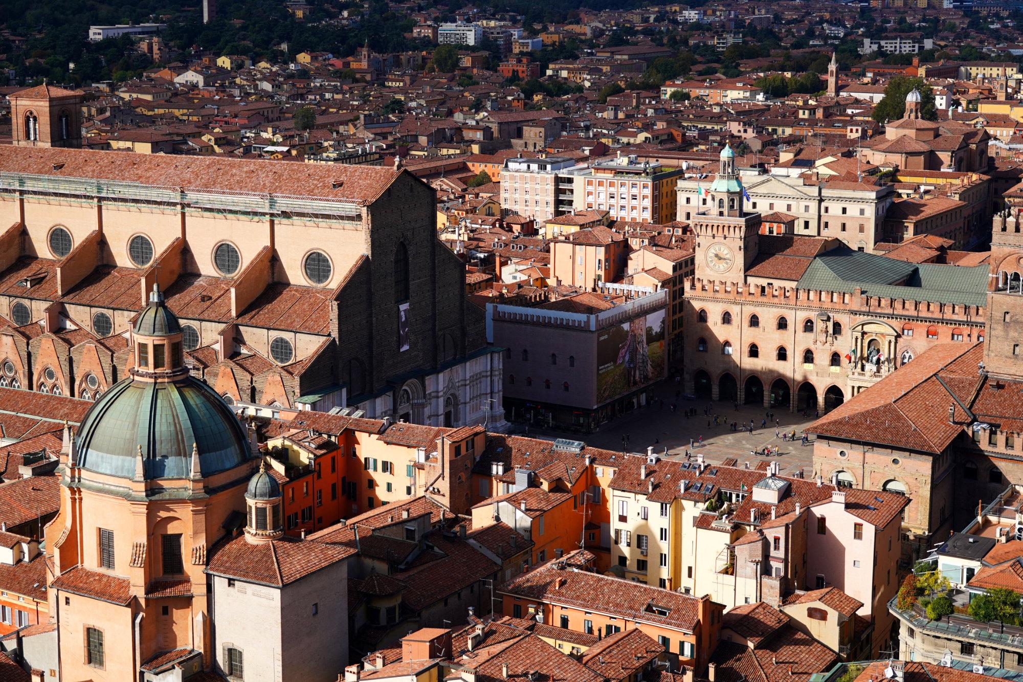 Bologna Piazza Maggiore von oben
