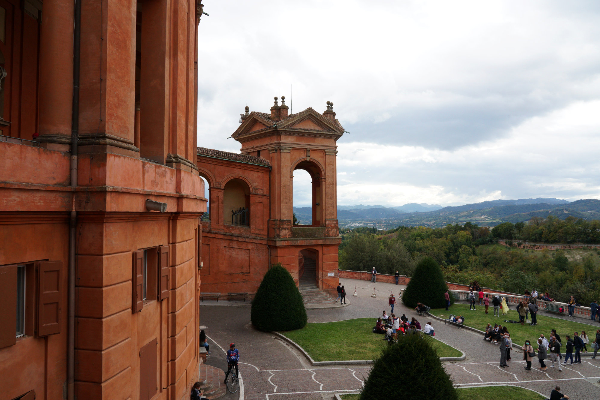 Bologna San Luca mit Landschaft