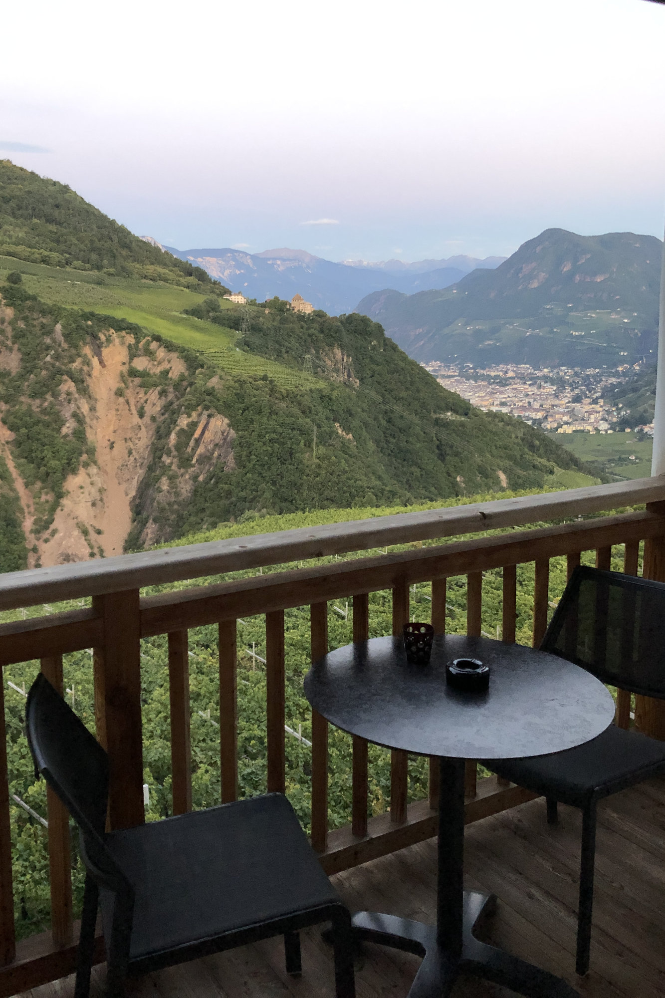 Dolomiten Apartment Balkon