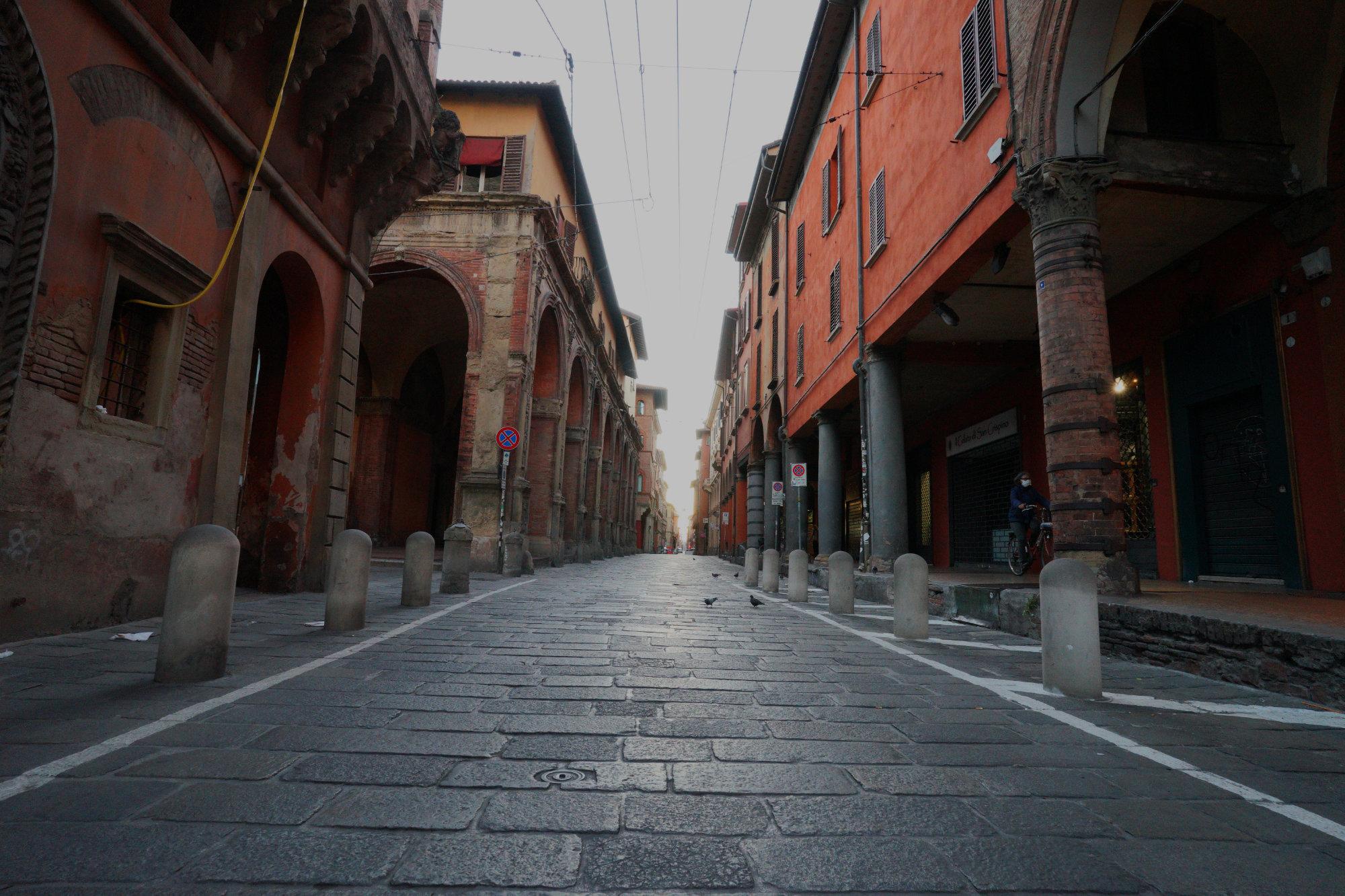Italien Reisetipps Straße Bologna