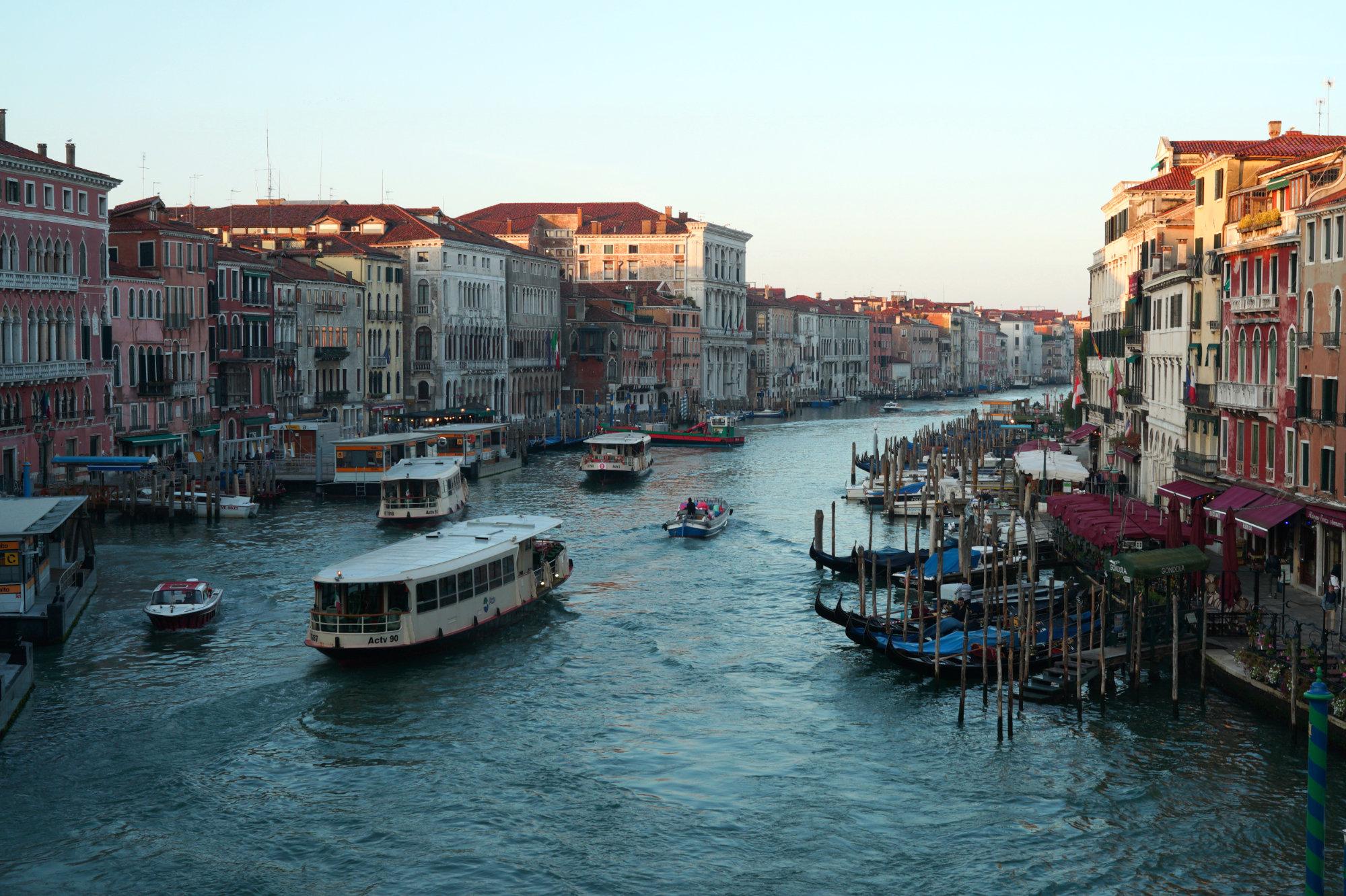 Venedig Canal Grande Valporetto