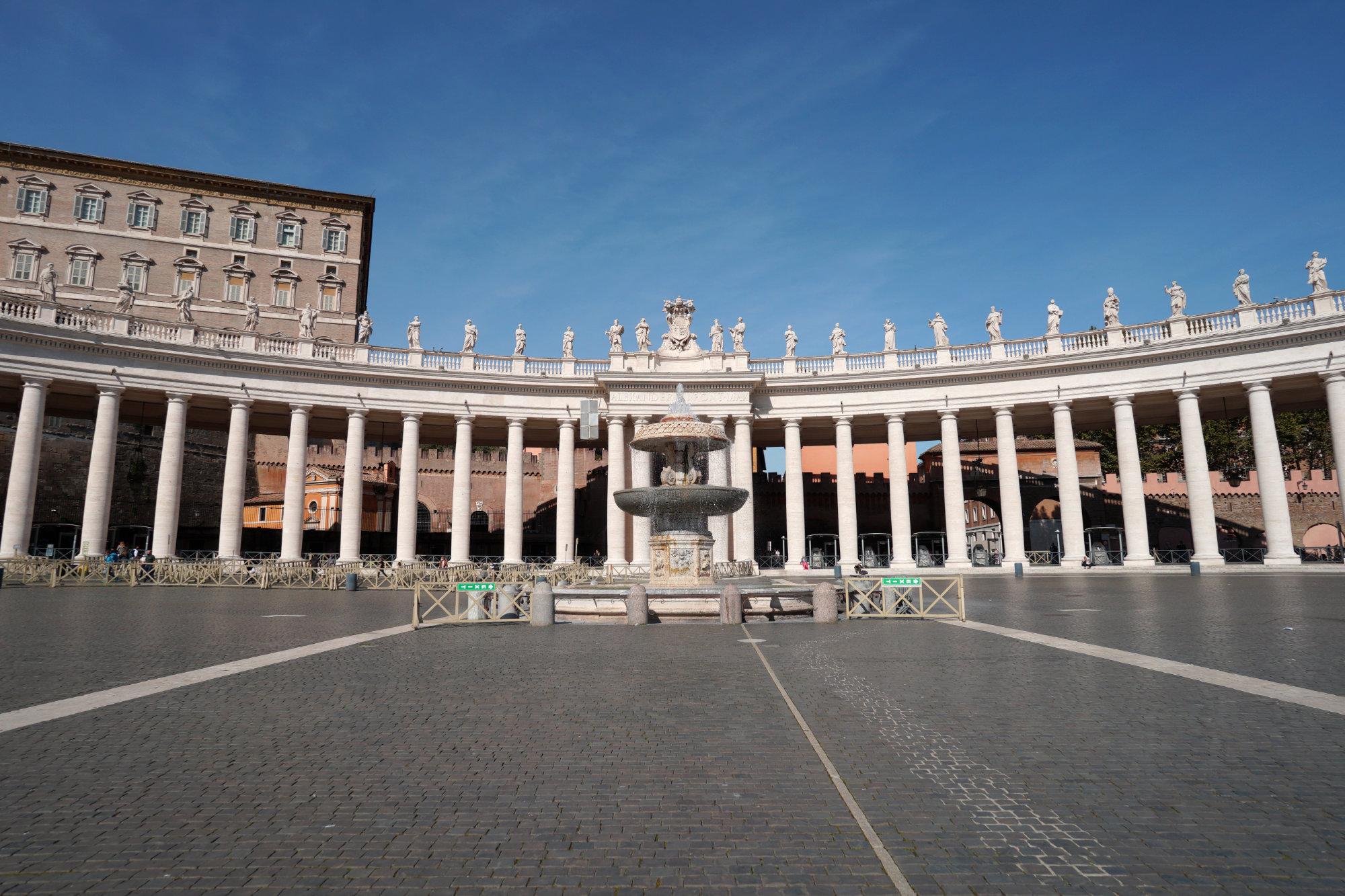 Vatikan Brunnen Kolonnaden Brennpunkt