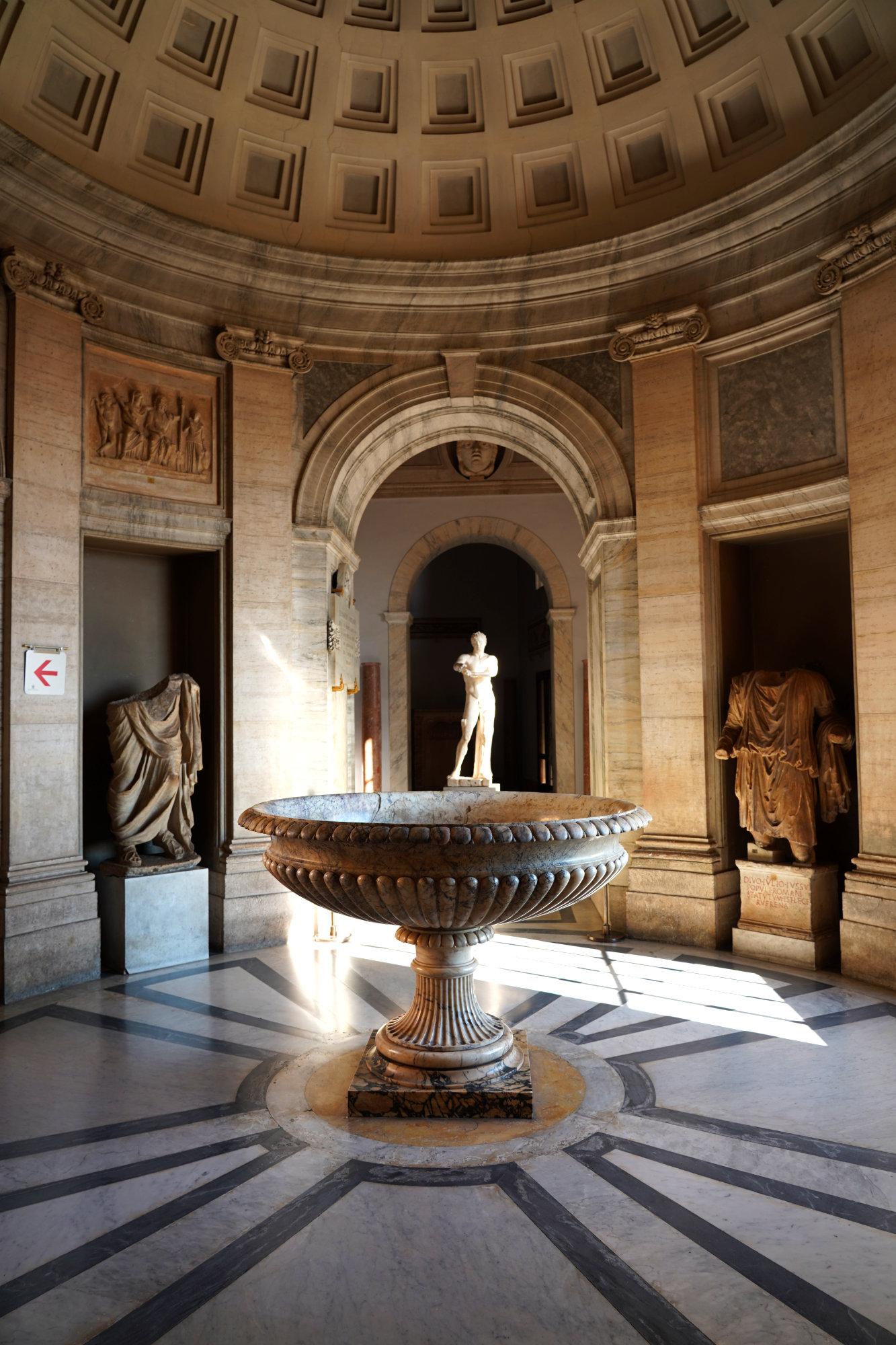 Vatikanische Museen Pio Clementino Schale